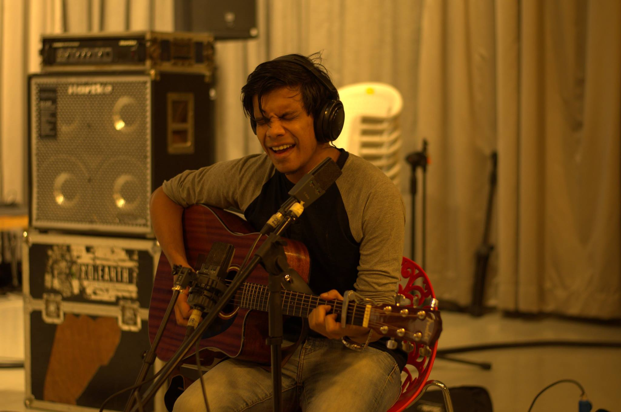 Bjorn Surrao recording at Indie100 2016